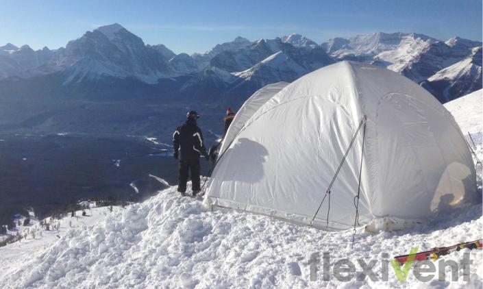 Airtent im Schnee LPTent aufblasbares Zelt