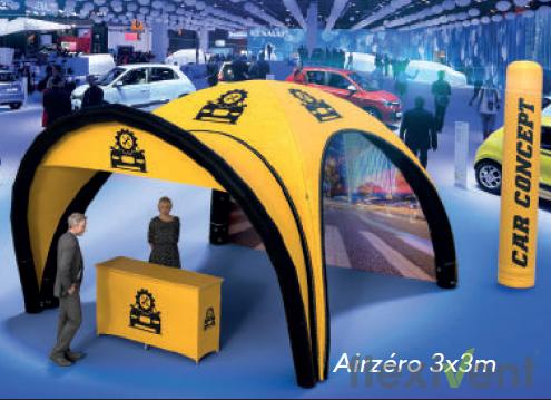 Werbezelt - Airzero und Werbesäule als Werbematerial